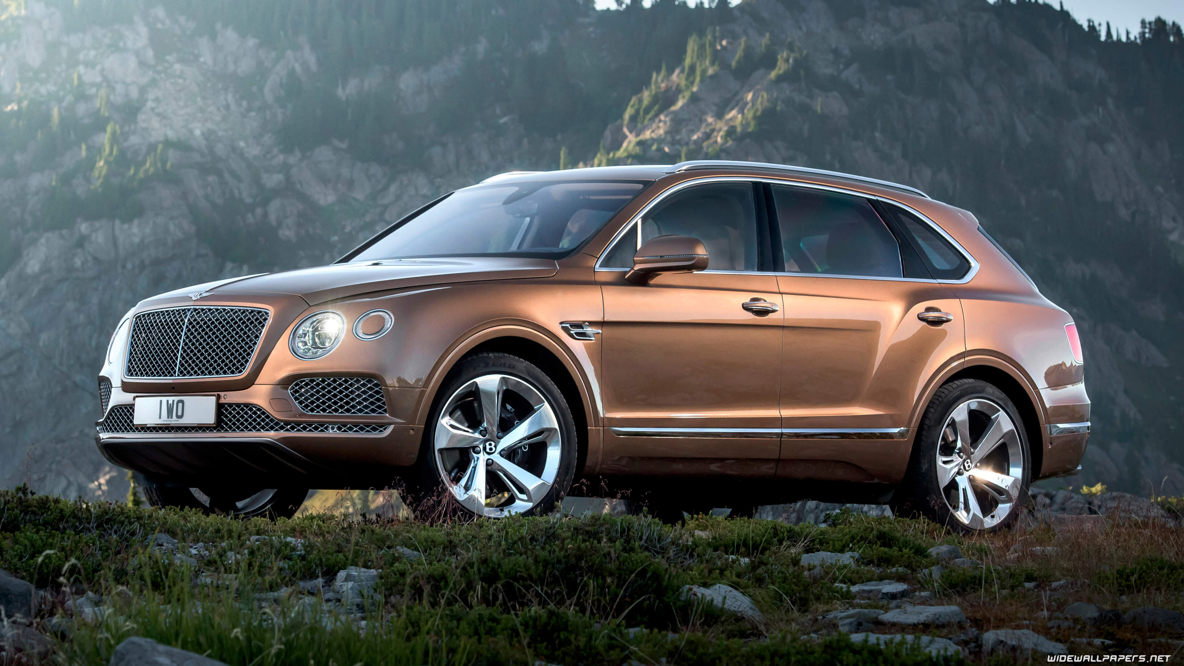 instant-luxury-rentals-Bentley-Bentayga